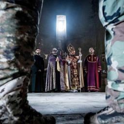 """Abrahamian, vescovo armeno: """"Il Papa porterà la pace"""""""