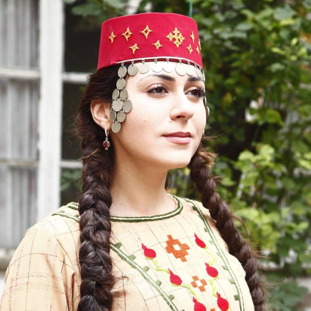 Goloskrainy Eva Voskanyan