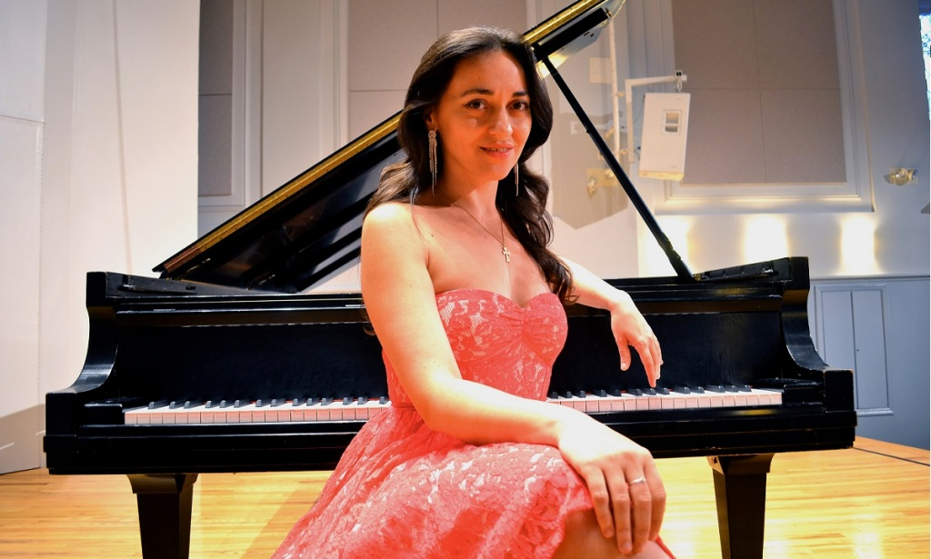 Karine Poghosyan pianista armena