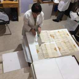 Continuano i lavori per l'istituzione del DIPARTIMENTO PER IL RESTAURO DELL'ARCHIVIO nel Patriarcato armeno di Gerusalemme