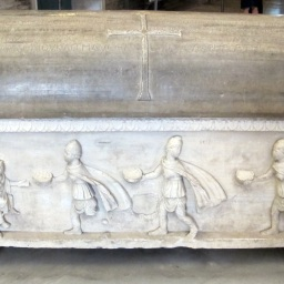 Il sarcofago di Isaacio (Sahak) l'Armeno (625-643), Esarca di Ravenna