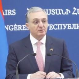 Ministro Esteri armeno sta valutando una limitazione nei voli con l'Italia