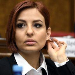 A. Samsonyan: la situazione non è arrivata al punto di richiedere l'intervento russo
